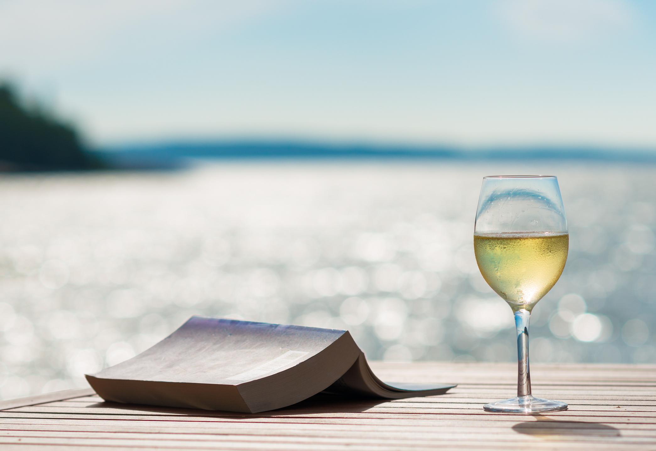 Ratkaisiko halvempi alkoholin hinta EU-jäsenyyden Suomelle?