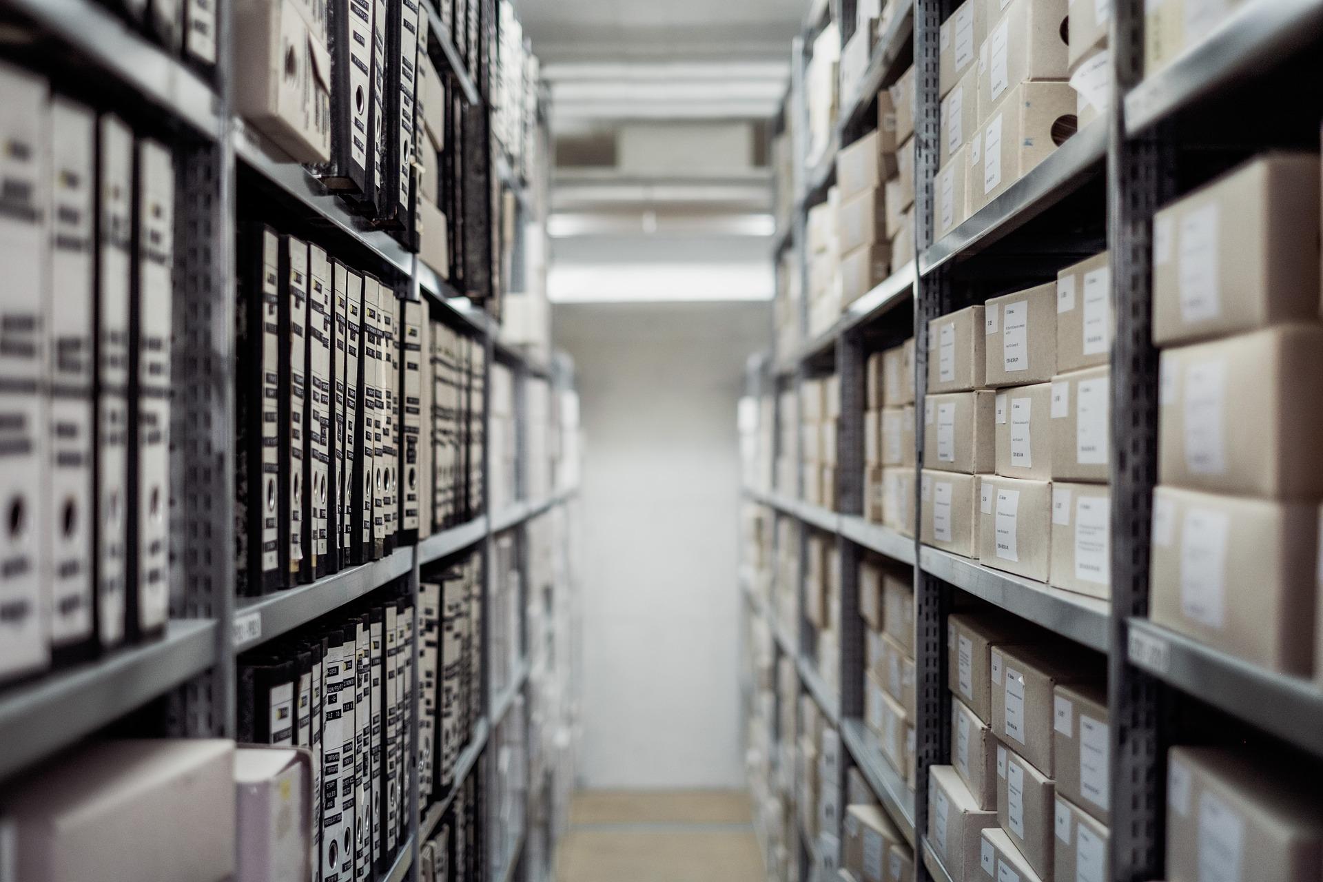 Arkistojen avautumisen aikataulu ja historiankirjoitus